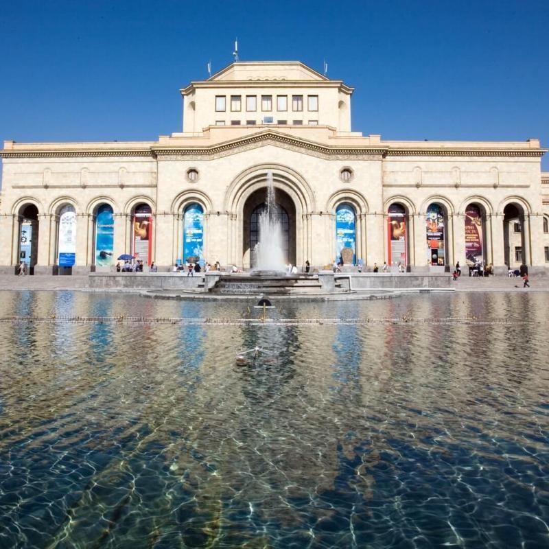 Jerewan_Platz_der_Republik